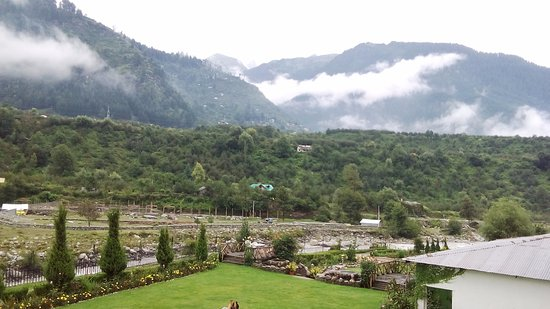 Citrus Manali Resorts: When you wake-up in the morning, you can feel river next to you.
