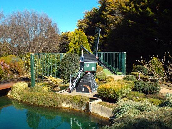 Nicholls, أستراليا: windmill