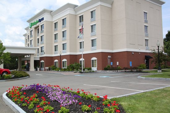 Cortland, NY: Holiday Inn Express, I81 Exit 11