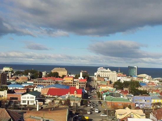 Hostal El Mirador: Vista de la bahía desde un mirador cercano.