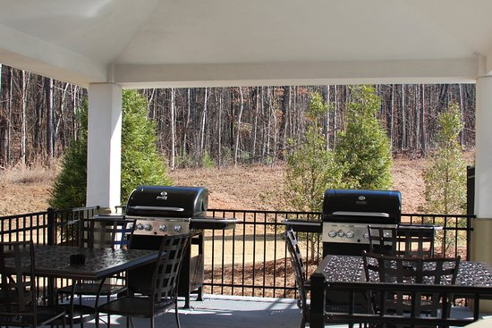 Lithia Springs, GA: Gazebo Grills