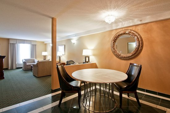 Sherwood Park, Canada: Presidential Suite Living room