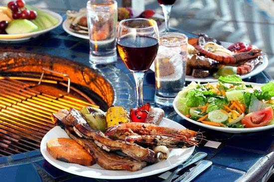 Pacific Islands Club Guam: Sunset BBQ Dinner