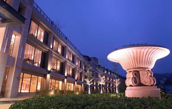 Lakeshore Hotel: 香榭館