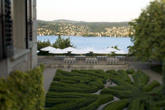Rueschlikon, สวิตเซอร์แลนด์: A wonderfull view to the Lake of Zurich