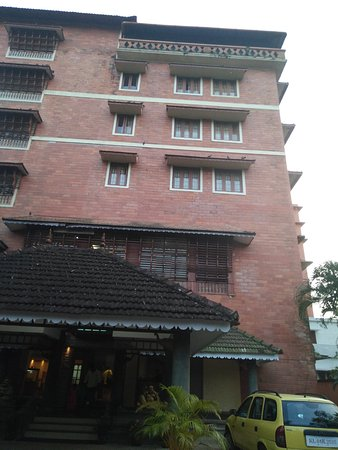 Pagoda Resorts Alleppey: Main hotel with all other rooms
