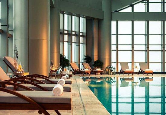 Huizhou, Kina: Indoor Pool