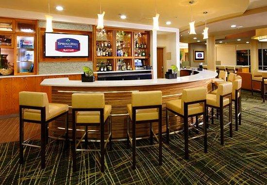 Latrobe, PA: Cocktail Lounge