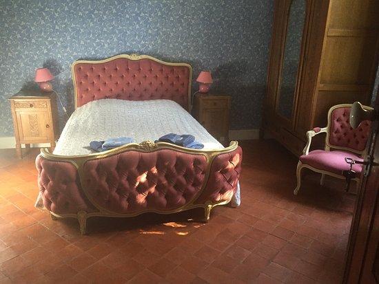 La Maison du Parc: My lovely bedroom