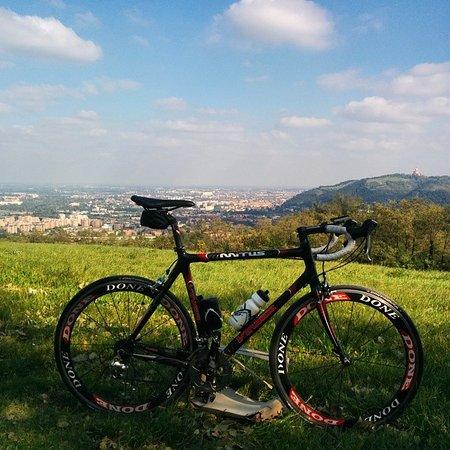 קאסהלקיו די רנו, איטליה: Giro in bici