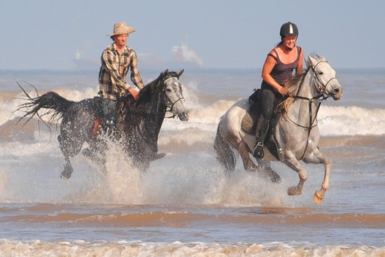 Kei Mouth, África do Sul: Horse Riding Holidays on the Wild Coast
