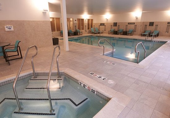Williamsport, Pensilvania: Indoor Pool & Whirlpool