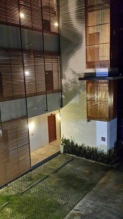 Nateesin Apartment : ด้านหน้าที่พัก