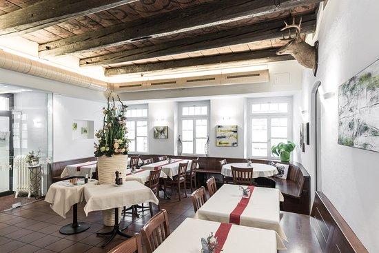 Gruningen, Switzerland: Restaurant