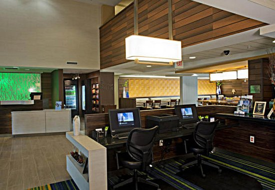 Fairfield Inn & Suites Valdosta: Business Center