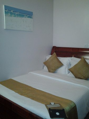 Hulhumale: Comfy Bed