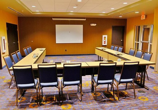 New Albany, OH: Meeting Room