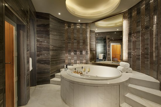 Zhangzhou, China: Jacuzzi Suite