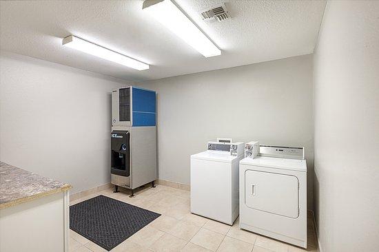Mesquite, TX: Laundry