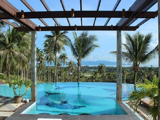 Grand Hill Residence: Swimming pool