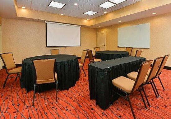 Чампейн, Илинойс: Meeting Room – Rounds Setup