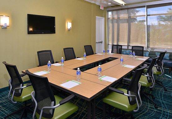 Voorhees, NJ: Meeting Room – Hollow Square Setup