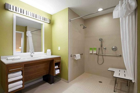 Home2 Suites By Hilton Memphis - Southaven: Accessible Suites Roll In Shower