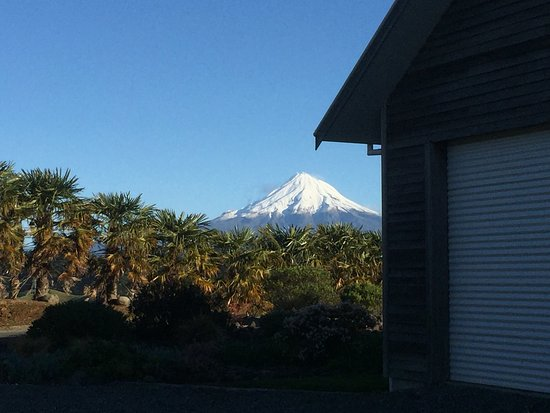 Taranaki Region, New Zealand: The mountain has looked spectacular this winter. The view from the guest lounge is shown in the