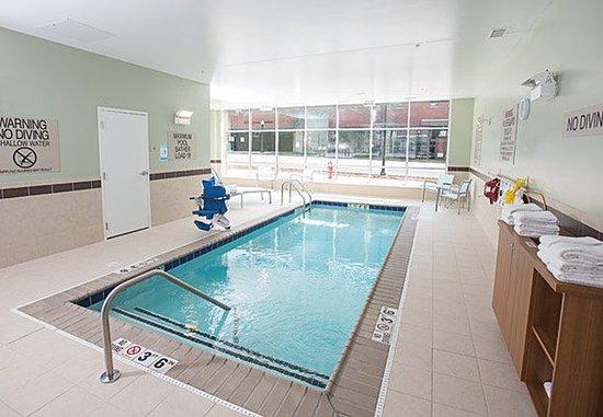 บลูมิงตัน, อินเดียน่า: Indoor Pool