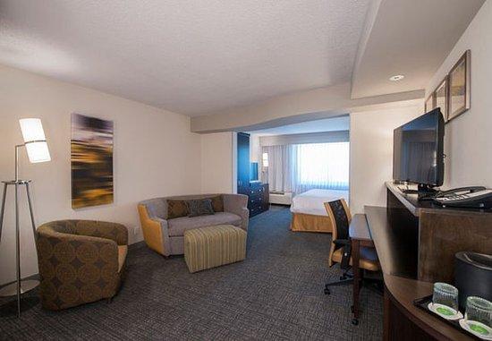 Columbus, MS: Studio King Suite