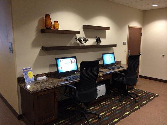 Bridgeville, PA: Business Centre