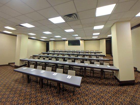 East Rutherford, NJ: Seminar Room