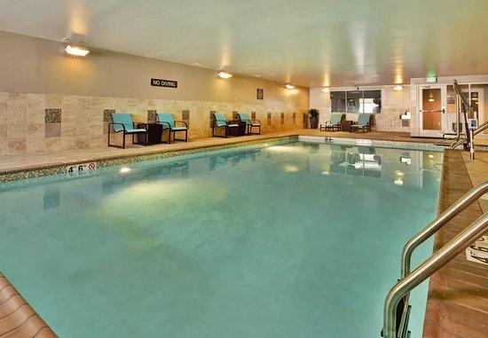 Wilmette, IL: Indoor Pool