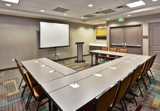 Wilmette, IL: Meeting Room