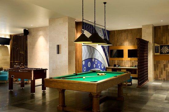 Peninsula Beach Resort Tanjung Benoa: Game Room