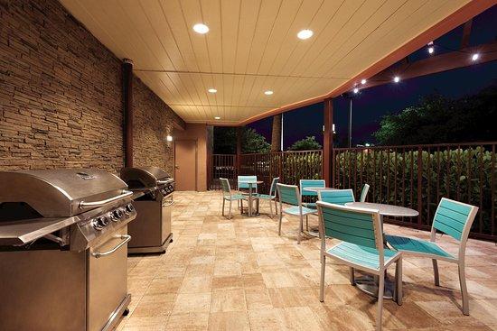 Florida City, FL: Outdoor Grill