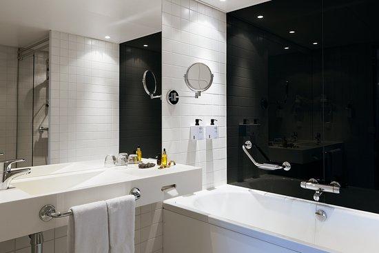 Alvsjo, Suède : Scandic Talk Room Juniorsuite Bathroom