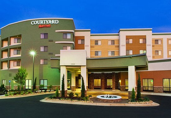 Courtyard Columbus Phenix City/Riverfront