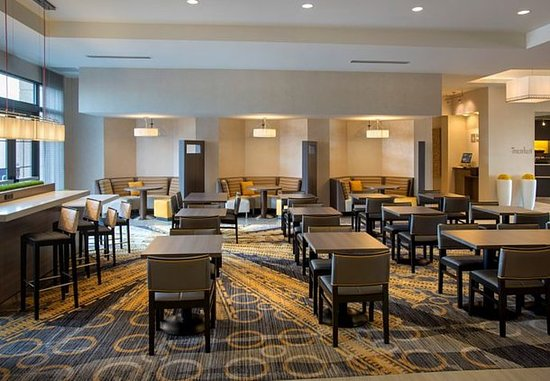 Lansdale, Pensilvanya: The Bistro Dining Area