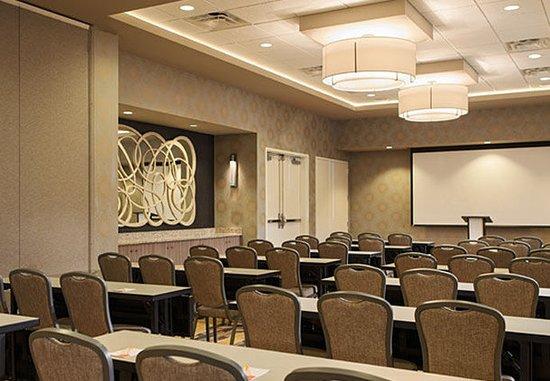 Lansdale, PA: Meeting Room – Classroom Setup
