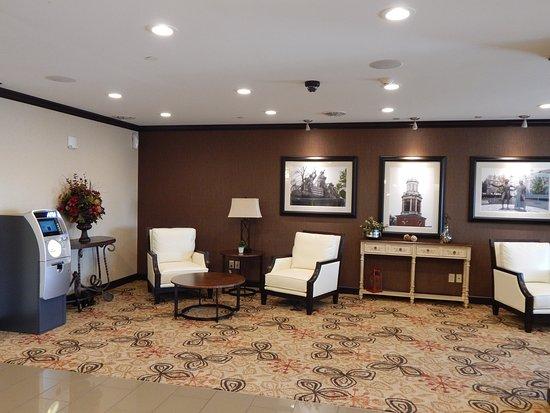 Washington, PA: Hotel Lobby