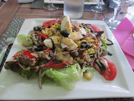 Sari-Solenzara, France : insalata