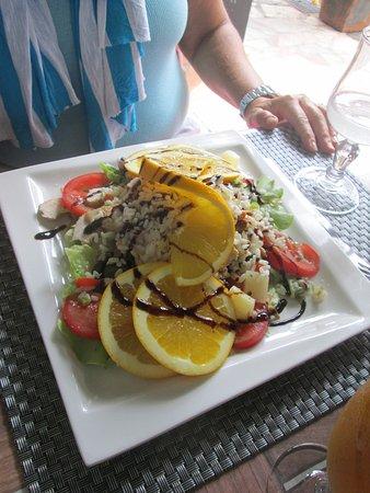 Sari-Solenzara, France : insalata exotique