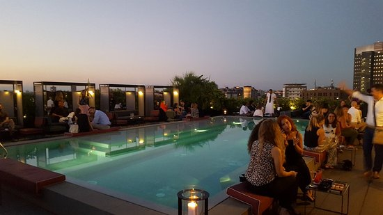 Pool Ceresio 7 - Foto di Ceresio 7 Pools & Restaurant, Milano ...