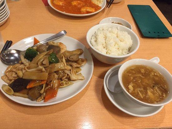 Fukumanen Honten : 650円ランチの八宝菜