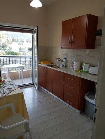 Stavros Apartments: 20160817_194043_large.jpg