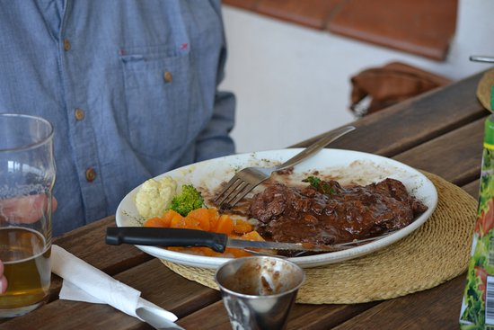 Sabie, Sudáfrica: Kudu with delicious vegetables.