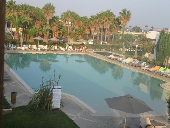 Фотография Pelagos Suites Hotel