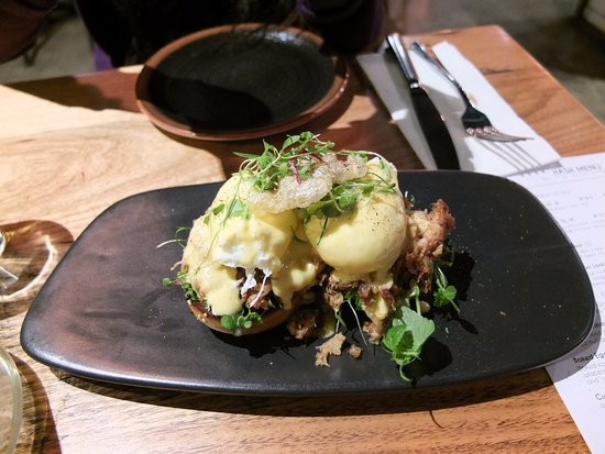 Greater Melbourne, Australia: egg benedict