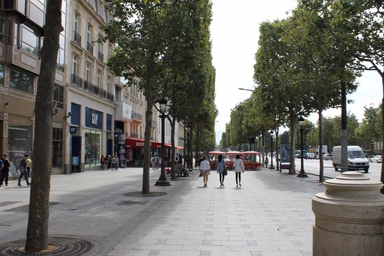 street view picture of champs elysees paris tripadvisor. Black Bedroom Furniture Sets. Home Design Ideas